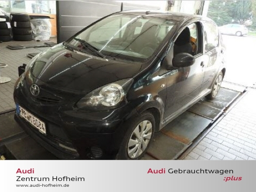 Toyota Aygo 1.0 Ltr. 50kW*Navi*Klima*ZV FB*Bluet*ISOFIX, Jahr 2014, Benzin