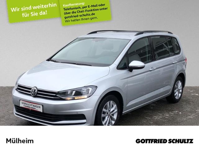 Volkswagen Touran 1.5 TSI Navi AHK Comfortline, Jahr 2019, Benzin