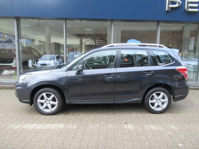Subaru Forester 2.0D Platinum Xenon Navi Keyless e-Sitze Rückfahrkam. Allrad Panorama Multif.Lenkrad, Jahr 2014, Diesel