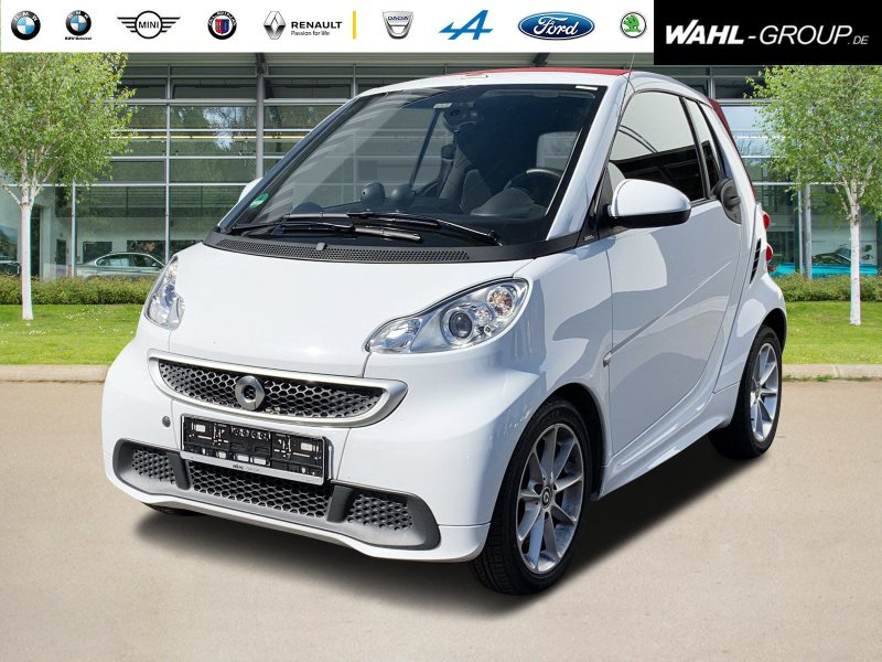 smart fortwo Smart Fourtwo ABS passion Basis (62 kW) (451.432), Jahr 2013, Benzin