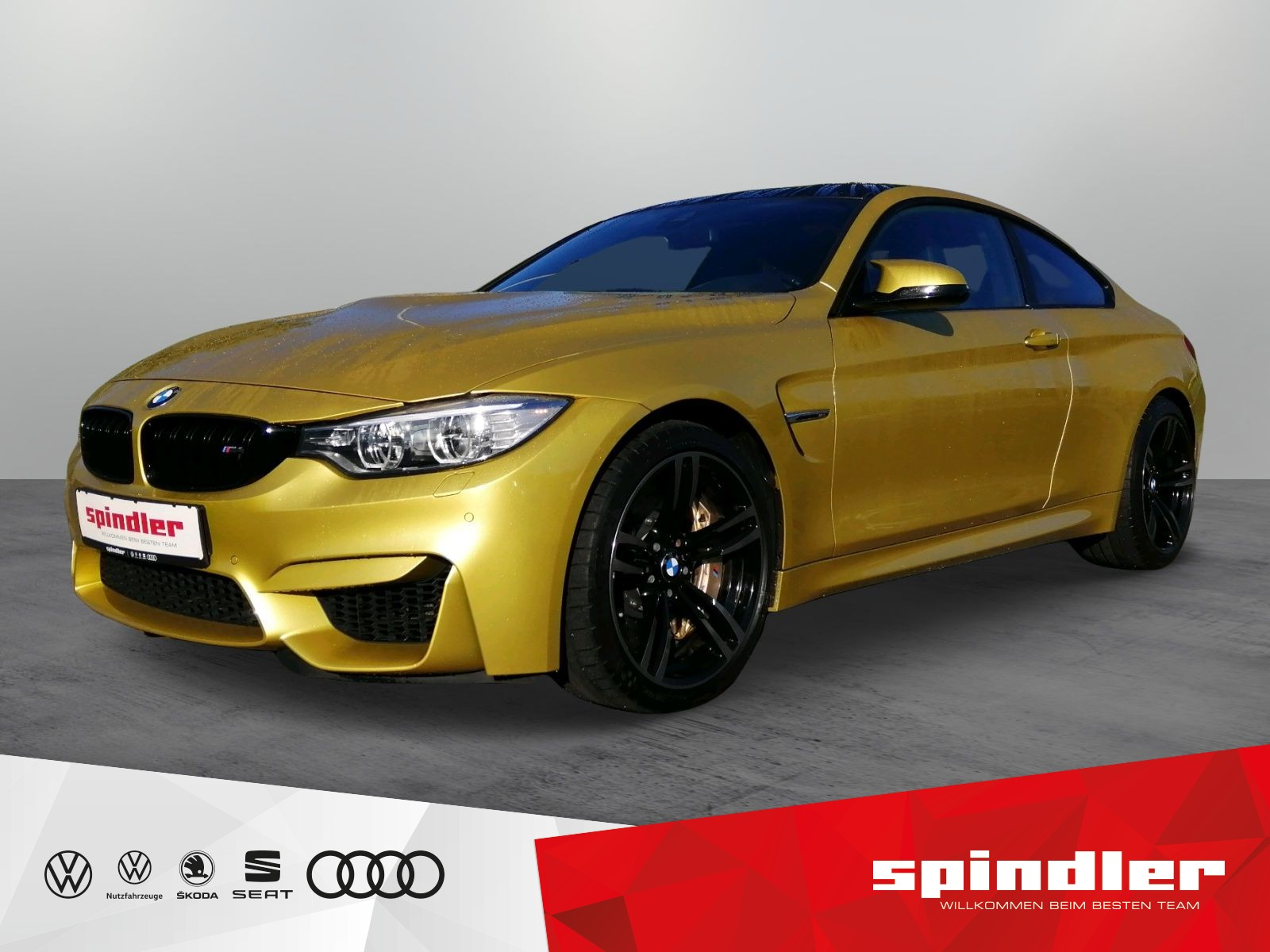 BMW M4 Coupé DKG+HEAD UP+HK+DAB+KERAMIK+NAVI+RFK+LED, Jahr 2015, Benzin