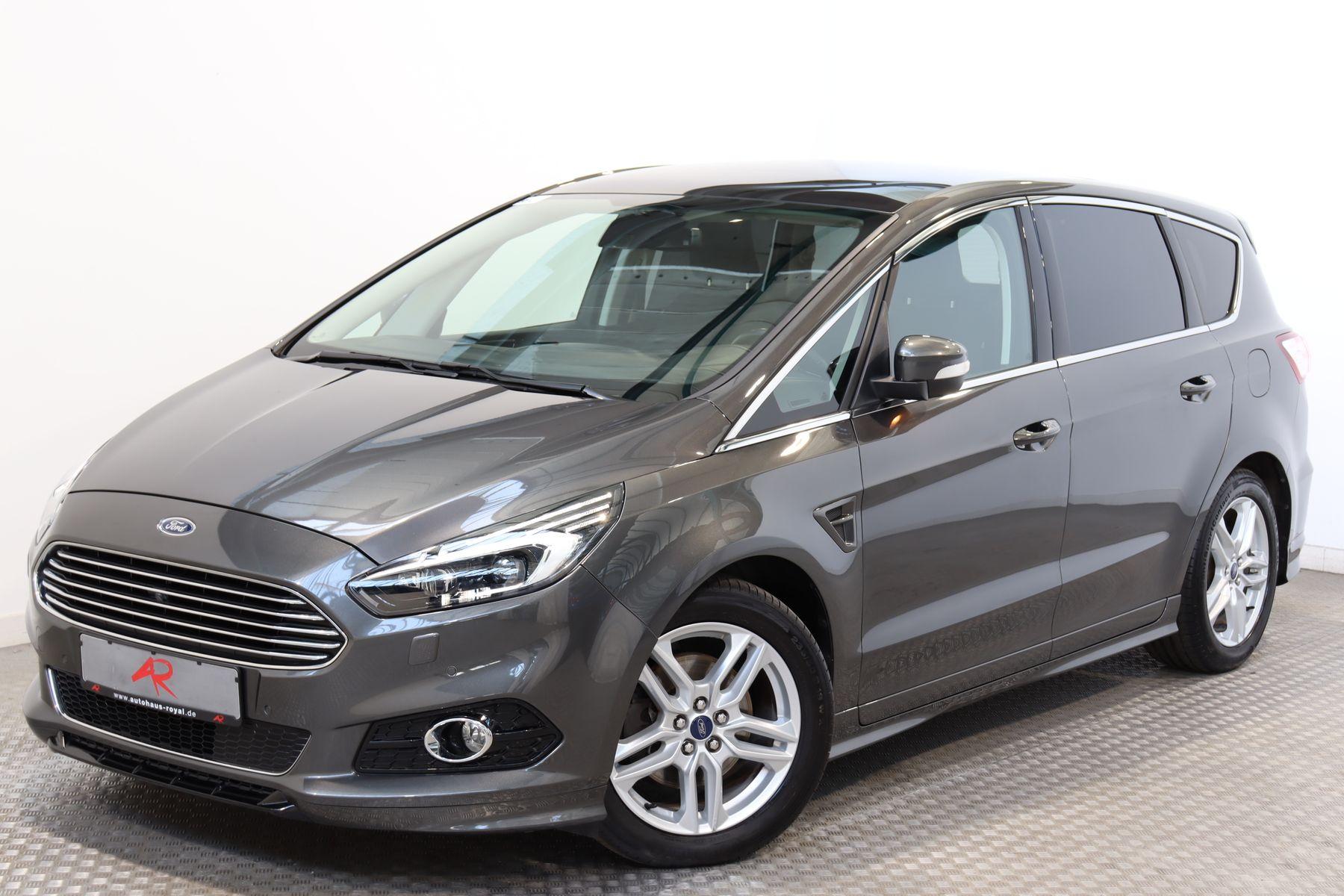 Ford S-Max 2.0 TDCI TITANIUM 7 SITZE PANORAMA,KEYLESS, Jahr 2017, Diesel