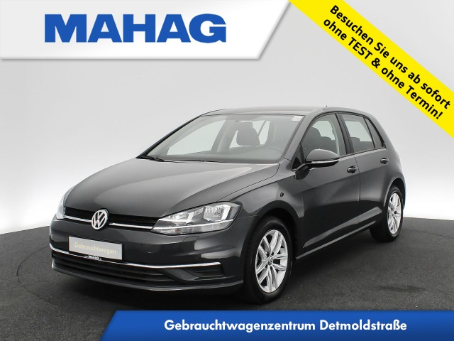 Volkswagen Golf VII COMFORTLINE 1.6 TDI Navi ParkPilot FrontAssist 16Zoll DSG, Jahr 2019, Diesel
