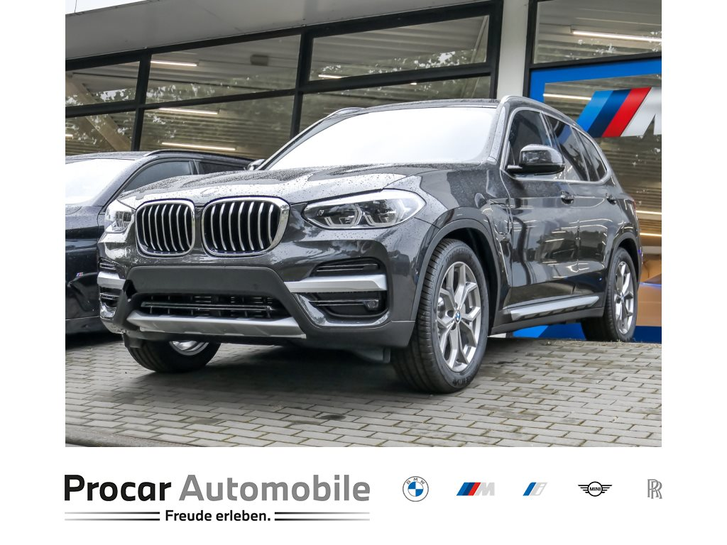 BMW X3 xDrive30e xLine Head-Up *sofort Verfügbar*, Jahr 2021, Hybrid