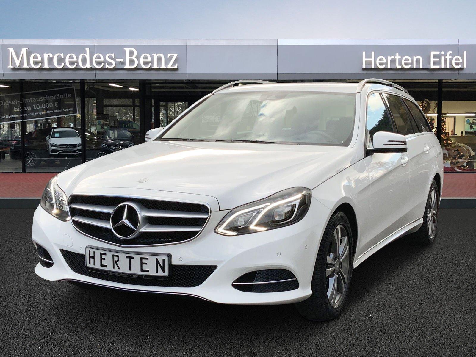 Mercedes-Benz E 250 T AVANTGARDE + ILS + GARMIN + PTS, Jahr 2015, Benzin
