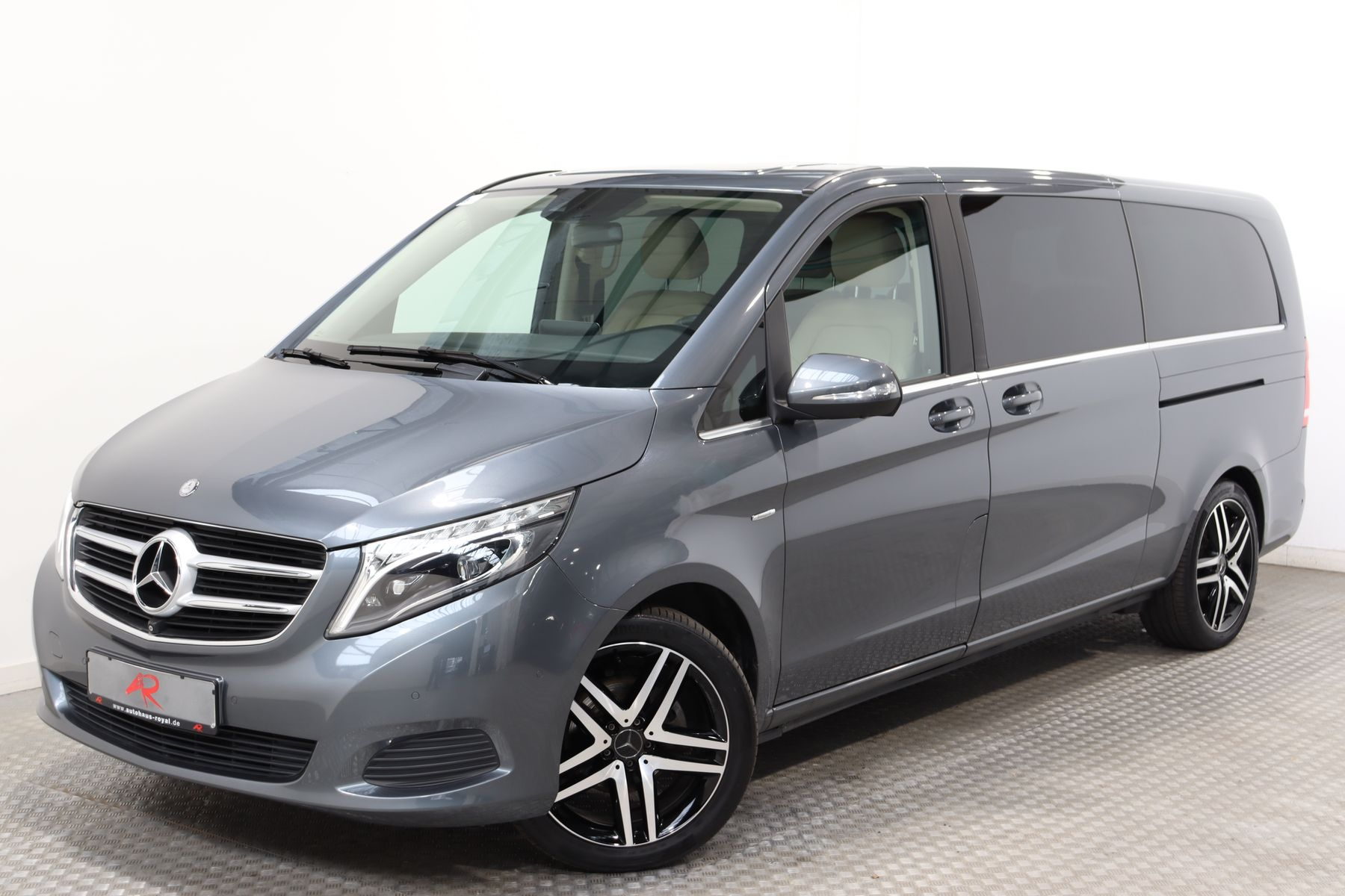 Mercedes-Benz V 220 d EXTRALANG 6 SITZE AVANTGARDE EDITION,19Z, Jahr 2015, Diesel
