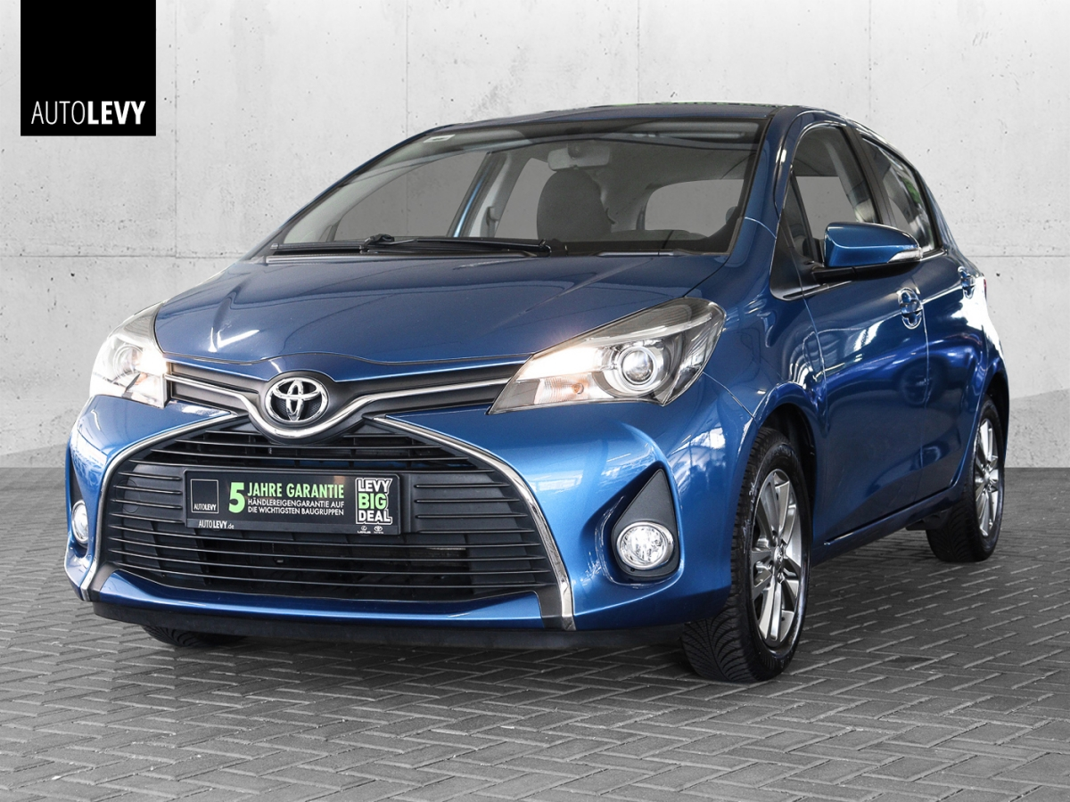 Toyota Yaris 1.0 VVT-i Comfort *Design-Paket*Navi*Kamer, Jahr 2015, Benzin