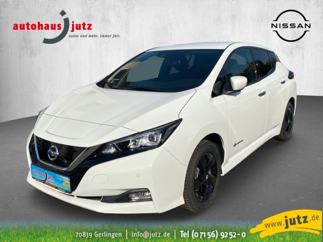 Nissan Leaf N-Connecta LED Navi Keyless ACC Parklenkass. Fernlichtass. PDCv+h LED-hinten LED-Tagfahrlicht, Jahr 2018, Elektro