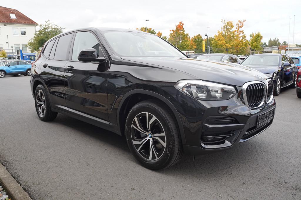 BMW X3 xDrive 20 d Advantage*Navi Prof*DAB*AHK*, Jahr 2017, Diesel