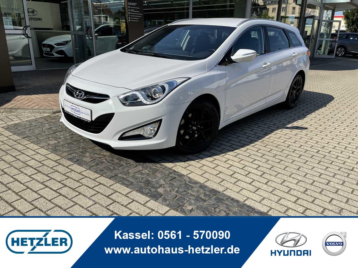 Hyundai i40 i40cw 1.6 Fifa World Cup Edition, Jahr 2015, Benzin
