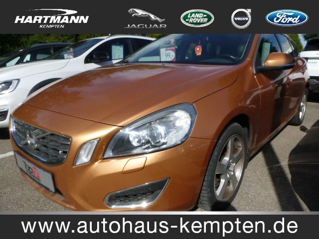 Volvo V 60 1.6 D Drive Momentum Bluetooth Klima Standhzg, Jahr 2012, diesel