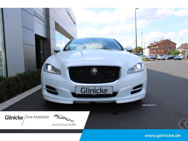 Jaguar XJ Premium Luxury AWD 3.0 V6 Kompressor Rückfahrkam. Navi, Jahr 2016, Benzin