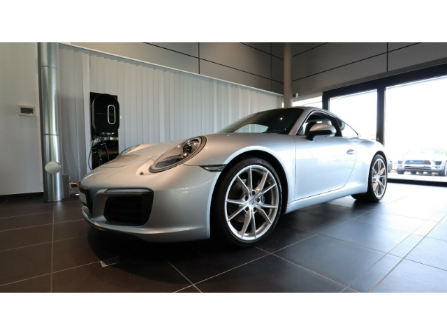 Porsche 911 Carrera PDK SportabGas 1.Hd. Approved, Jahr 2017, Benzin