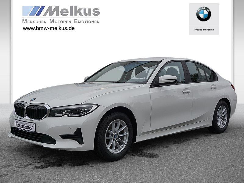 BMW 320i NEUES MODELL Advantage HiFi LED Komfortzg., Jahr 2019, Benzin