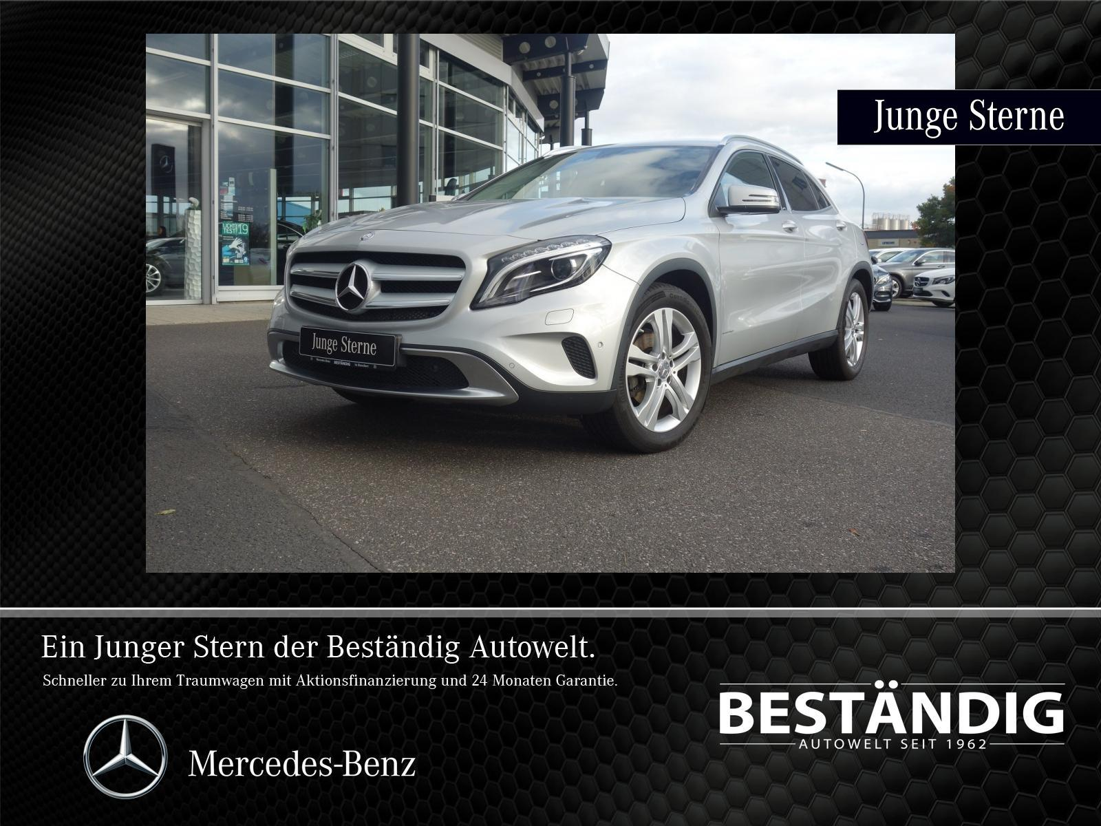 Mercedes-Benz GLA 200 #Urban#Bi-Xenon#akt.Parkassistent#SHZ#AHK, Jahr 2015, Benzin