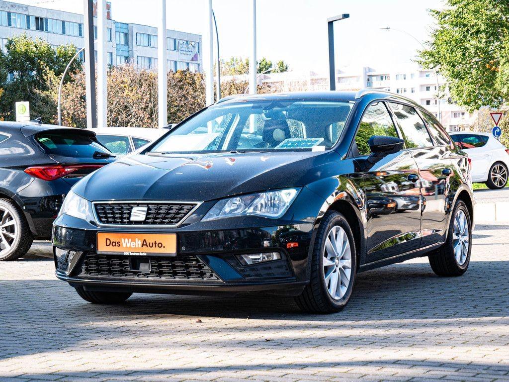 Seat Leon Sportstourer 1,6 TDI DSG Style Navi PDC, Jahr 2018, Diesel