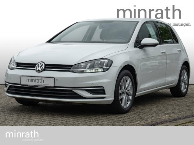 Volkswagen Golf VII Comfortline 1.0 TSI PDCv+h LED-Tagfahrlicht, Jahr 2017, Benzin