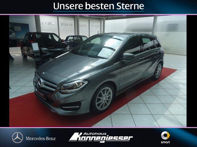 Mercedes-Benz B 200*URBAN*NAVIGATION*PARKASSIST*SITZHZG*, Jahr 2016, Benzin