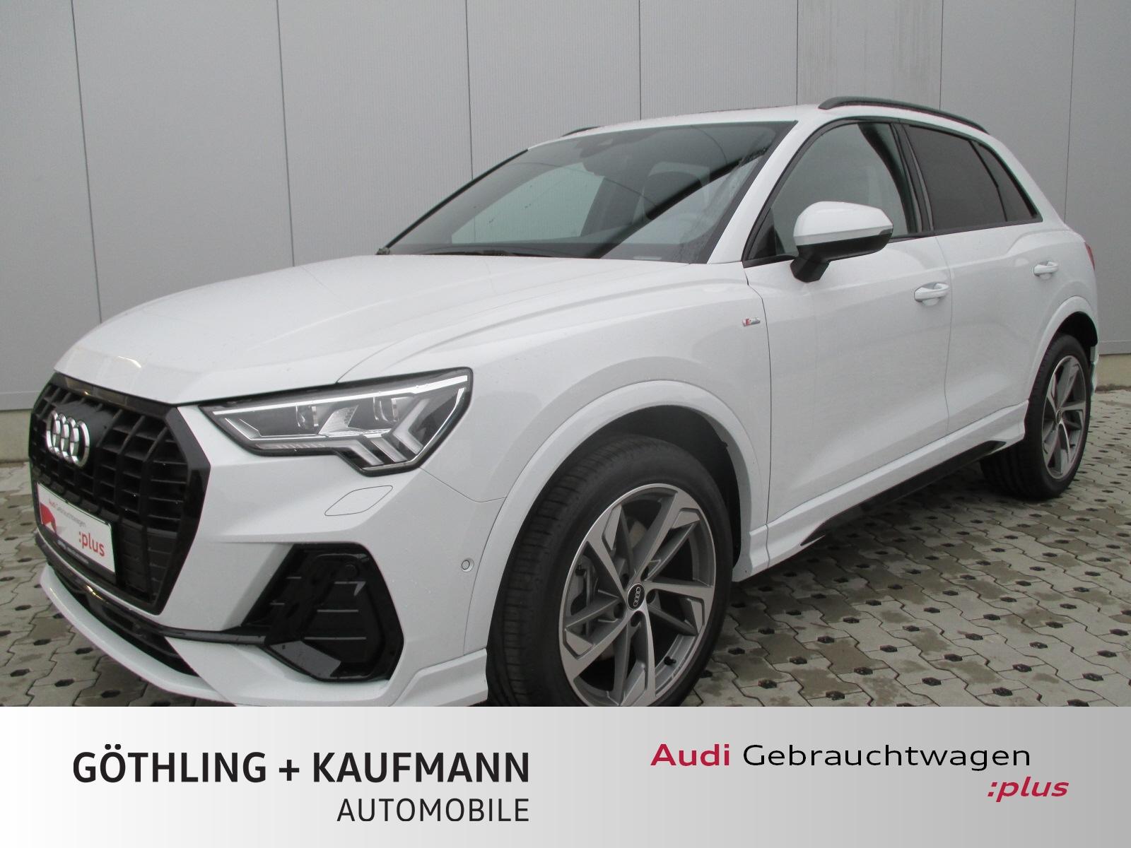 Audi Q3 40 TFSI qu S line S tro. 140kW*Pano*Kamera*B&, Jahr 2020, Benzin