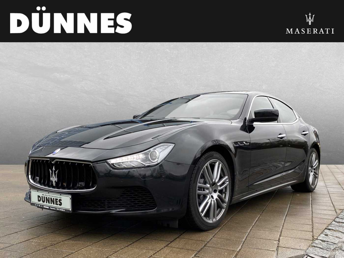 Maserati Ghibli Automatik S Q4 - Business Plus, 19', Panorama - AKTION - Maserati Regensburg, Jahr 2015, Benzin