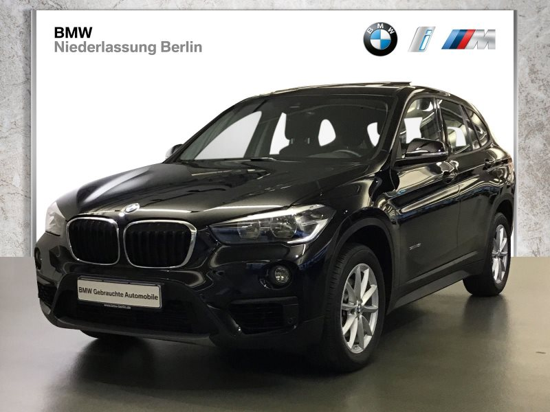 BMW X1 sDrive18i EU6 Navi Glasdach Parkassistent, Jahr 2017, Benzin