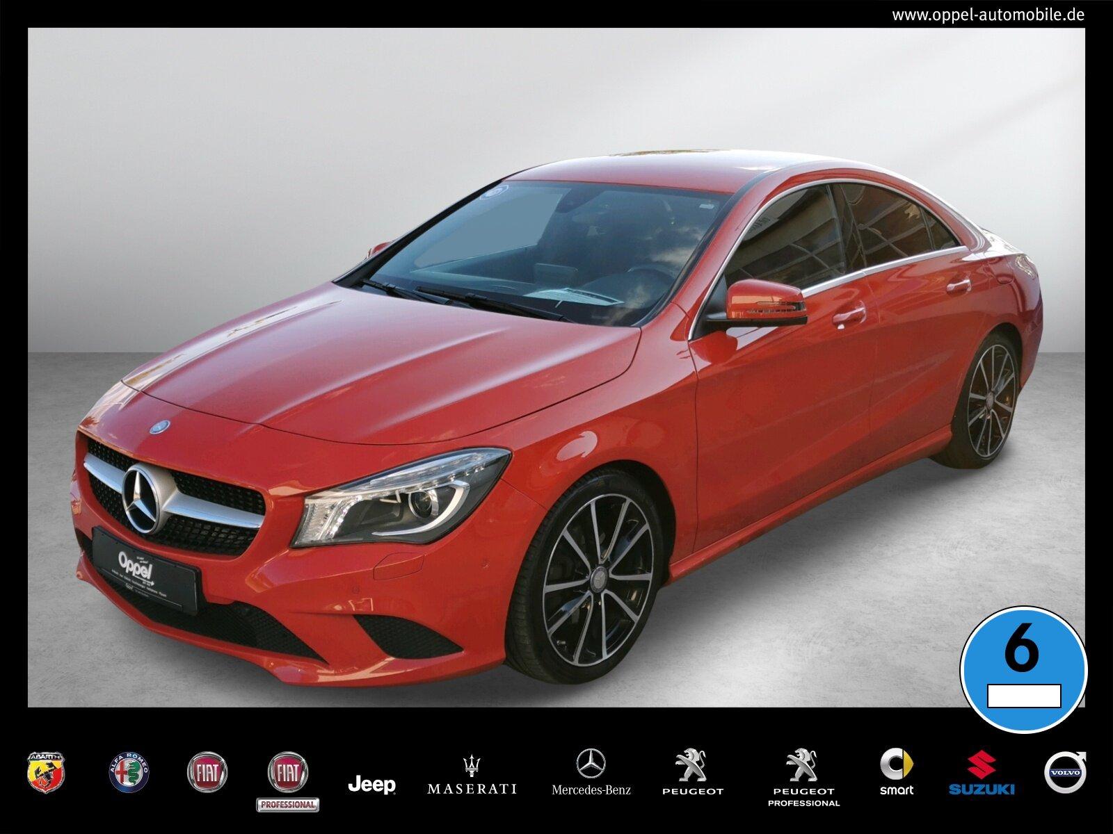Mercedes-Benz CLA 200 Coupé ++URBAN+KAMERA+TEMPOMAT+BI-XENON++, Jahr 2016, Benzin