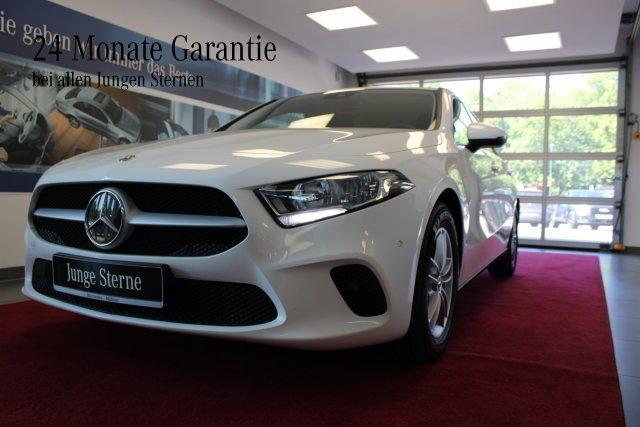 Mercedes-Benz A 200 Sitzhzg.+Park-Assist.+Klima+Tempomat, Jahr 2019, Benzin