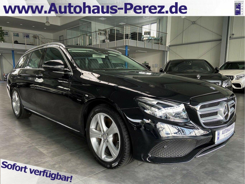 Mercedes-Benz E 400 T 4M 9G DISTRONIC-STANDHEIZUNG-MULTIBEAM, Jahr 2017, Benzin