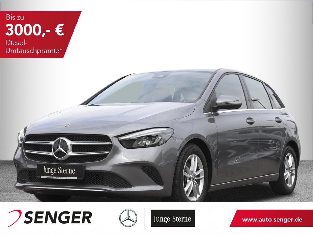 Mercedes-Benz B 180 Style Navi LED Sitzheizung Parkassistent, Jahr 2019, Benzin