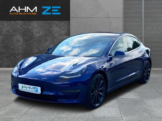 Tesla Model 3 Performance *Vermietung möglich*, Jahr 2020, Elektro