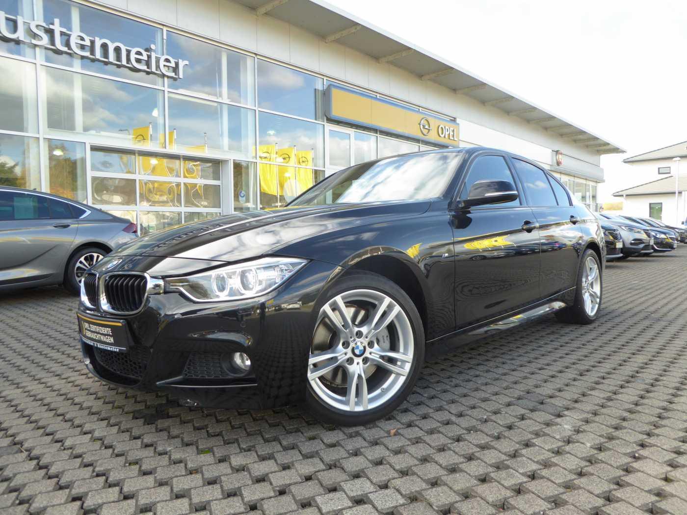 BMW 335i xDrive Sport-Aut. NAVI LEDER M-PAKET, Jahr 2014, Benzin