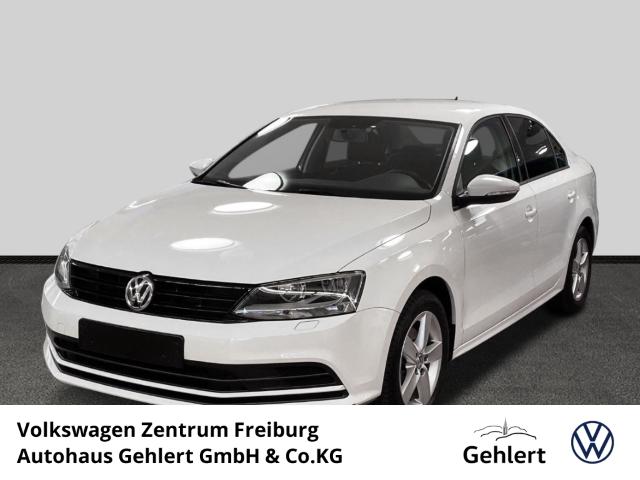 Volkswagen Jetta 1.4 TSI Klimaautomatik CD MP3 Spieg. beheizbar Sitzheizung vorne Winterpaket, Jahr 2015, Benzin