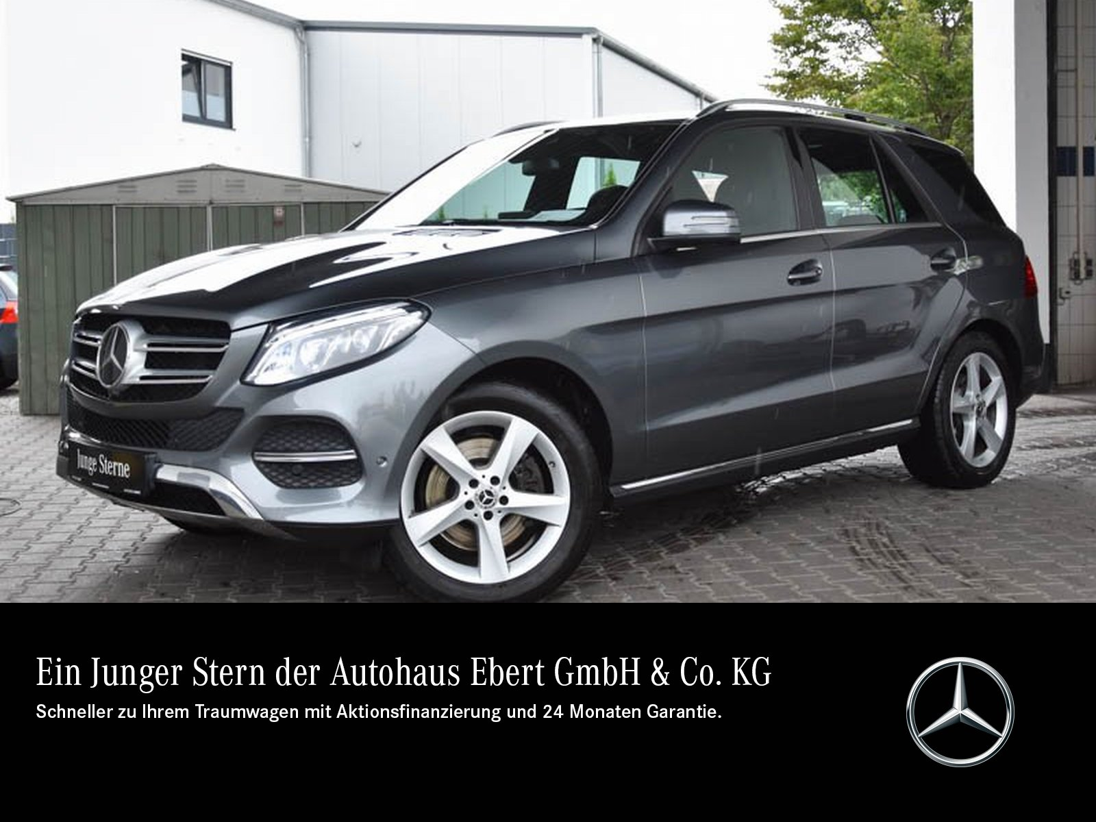 Mercedes-Benz GLE 400 4M 9G+COMMAND+LED+STHZG+360°+AIRMATIC, Jahr 2017, Benzin