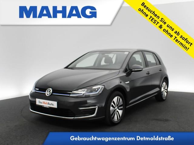 Volkswagen Golf VII e-Golf Navi LED ACC Wärmepumpe Automatik, Jahr 2019, Elektro