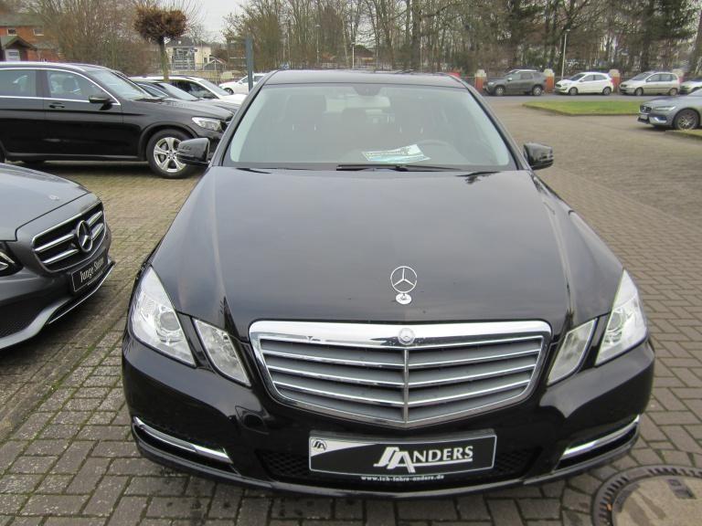 Mercedes-Benz E 220 CDI BE Comand+AHK+Standhz, Jahr 2012, Diesel