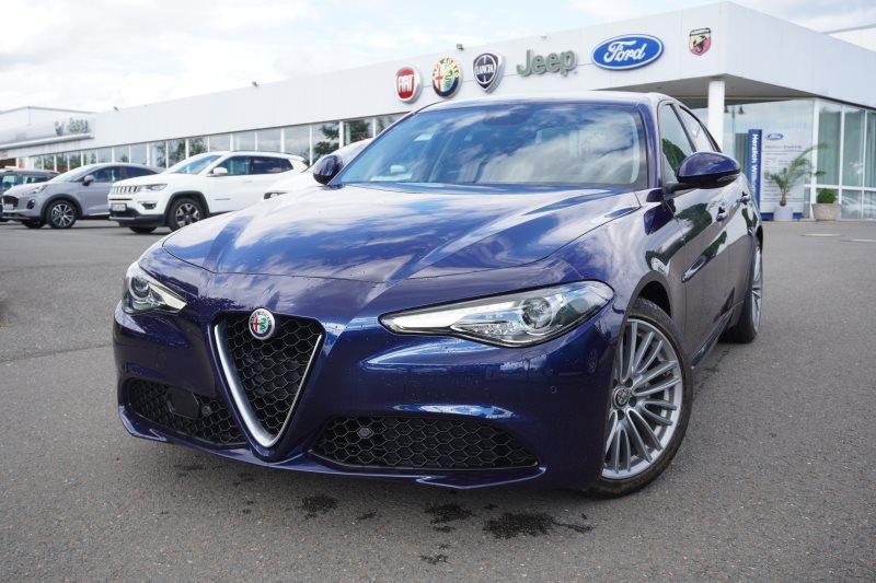 Alfa Romeo Giulia 2.2 Diesel AT XENON NAVI RFK DAB 18'', Jahr 2017, Diesel