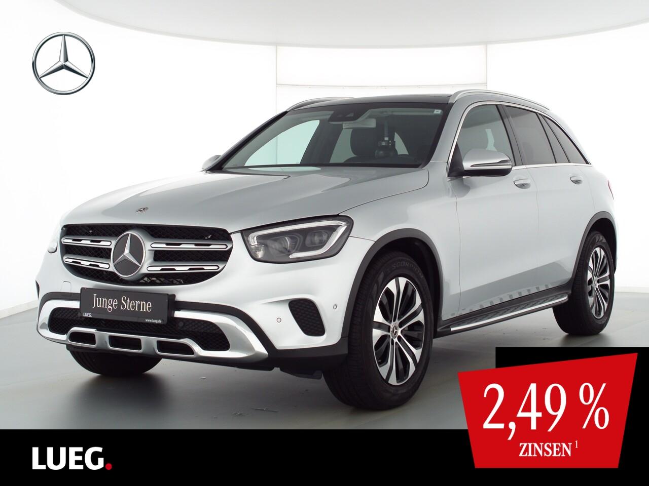 Mercedes-Benz GLC 200 4M MBUX+Pano+Mbeam+AHK+SpurPt+EHeckk+RFK, Jahr 2020, Benzin