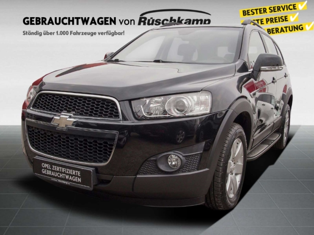 Chevrolet Captiva 2.4 LT 2WD 7-Sitzer AHK Navi Trittbretter PDC, Jahr 2012, Benzin