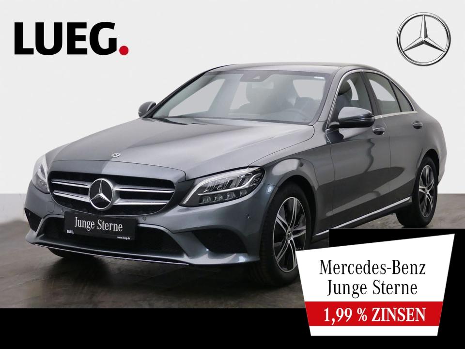 Mercedes-Benz C 180 Avantgarde+Navi+LED-HP+SpurPk+CarPl+Kamera, Jahr 2020, Benzin