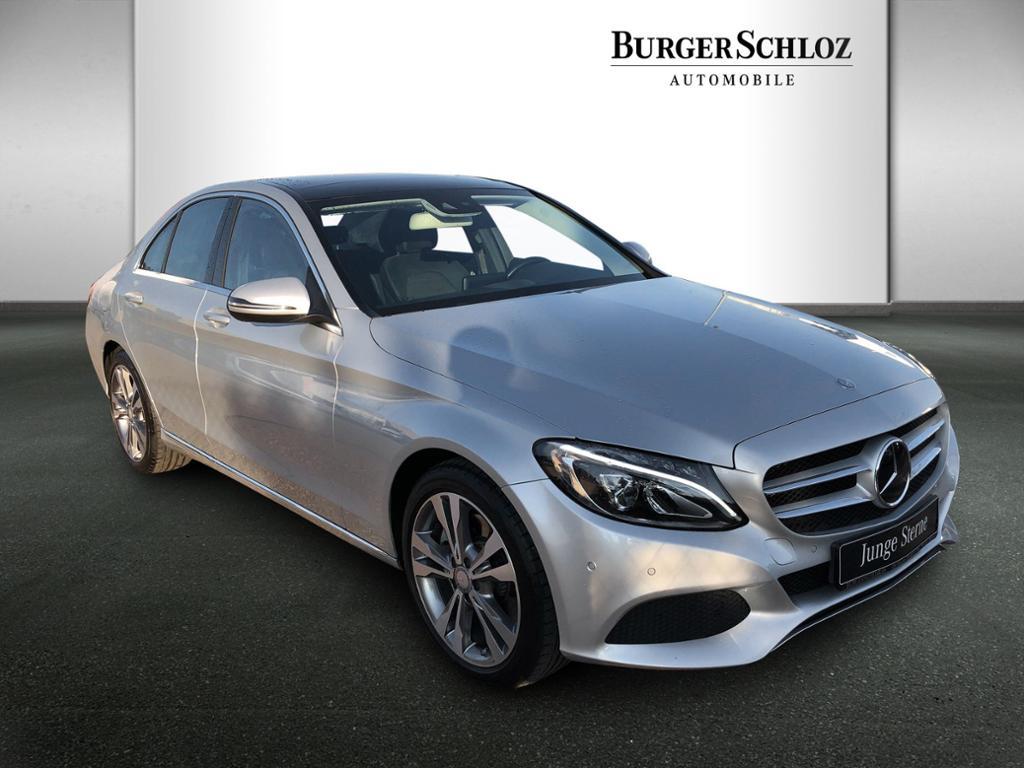 Mercedes-Benz C 300 Avantgarde/Burmester/Distronic/Pano.-Dach, Jahr 2016, Benzin