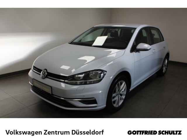 Volkswagen Golf 1.0 TSI Comfortline, Jahr 2017, Benzin