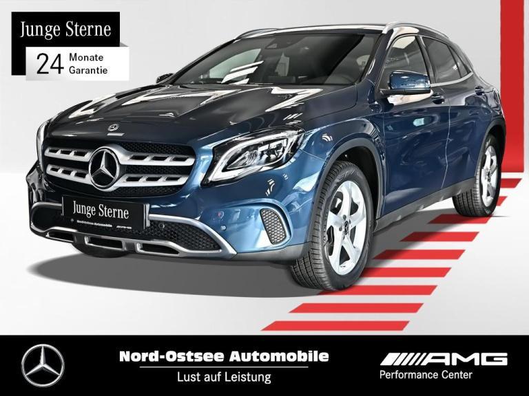 Mercedes-Benz GLA 250 Urban Navi LED AHK RüKamera Keyless Go, Jahr 2019, Benzin