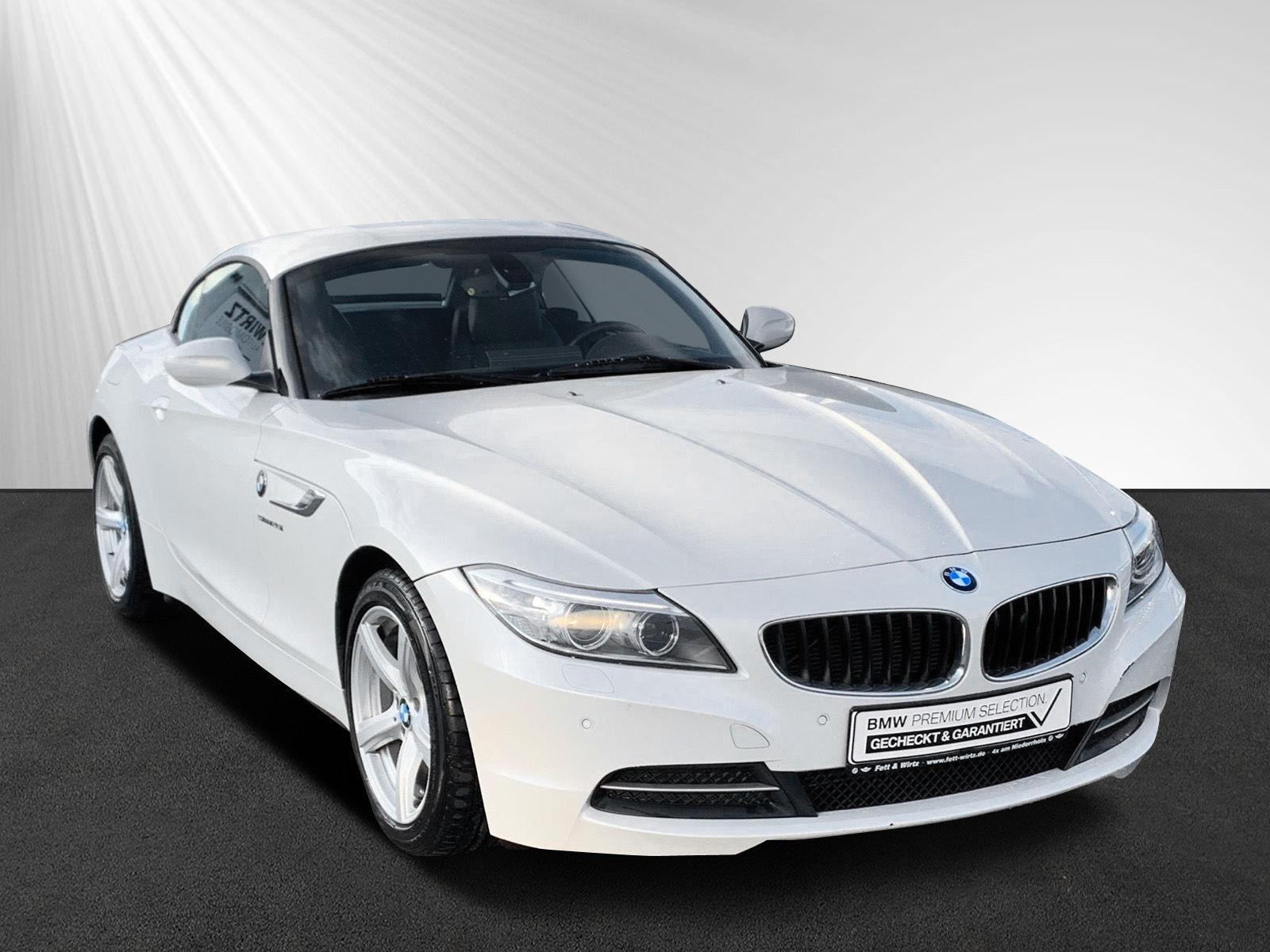 BMW Z4 sDrive20i Cabrio Aut. Sports. Navi PDC SHZ, Jahr 2014, petrol