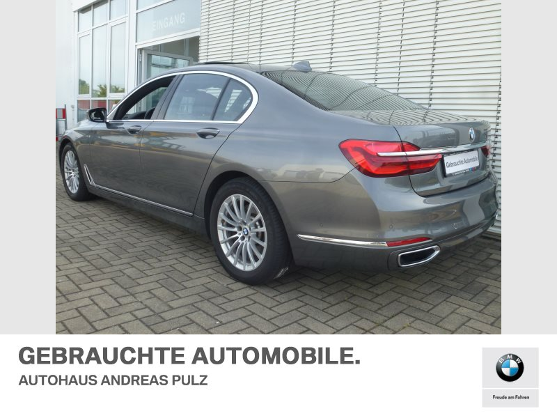 BMW 730d LASERLICHT,GLASDACH,TOP-AUSSTATTUNG, Jahr 2017, Diesel