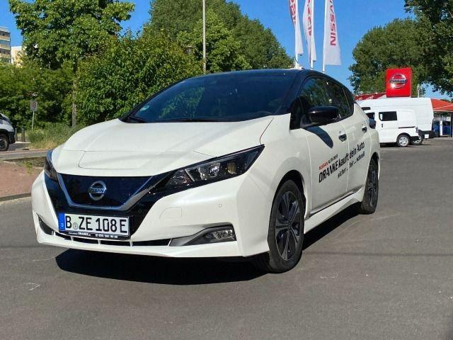 Nissan Leaf 40 kW/h Jubiläumsmodell 360°Kamera Navi uvm, Jahr 2021, Elektro