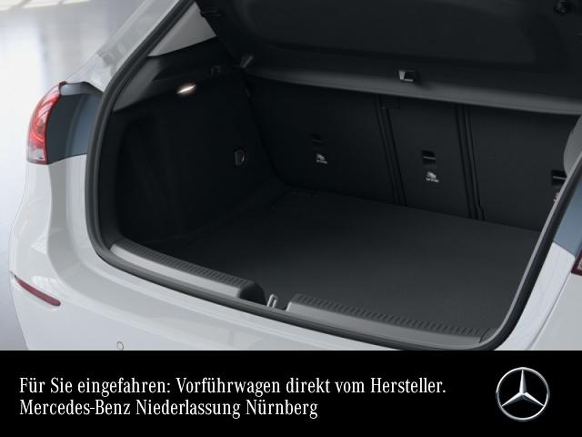 Mercedes-Benz A 220 Progressive LED Kamera Spurhalt-Ass PTS Temp, Jahr 2020, Benzin