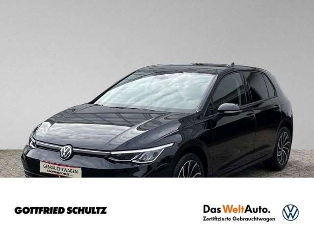 Volkswagen Golf 8 2.0 TSI LED NAVI DAB Life, Jahr 2020, Diesel