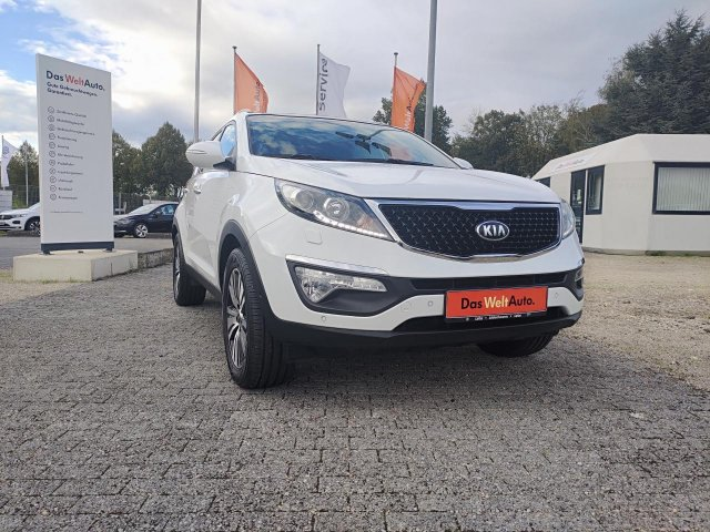 Kia Sportage Platinum Edition 4WD 2.0 CRDi Navi, LM, Jahr 2015, Diesel