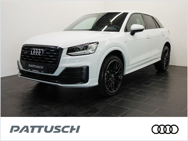 Audi Q2 sport 40 TFSI quattro 190PS LED DAB, Jahr 2020, Benzin