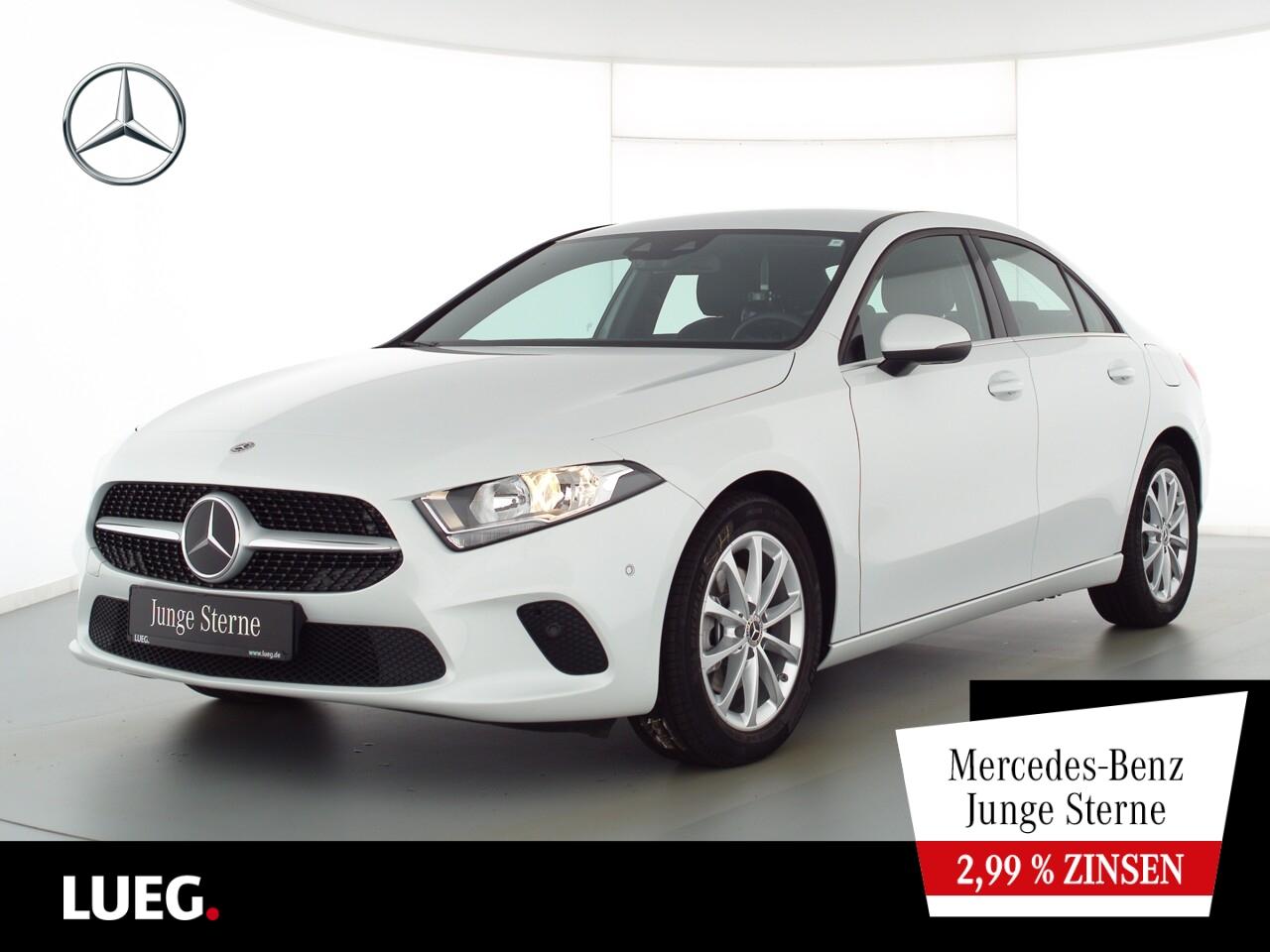 Mercedes-Benz A 200 MBUX+Navi+FahrassistenzP+ParkAssist+Kamera, Jahr 2020, Benzin
